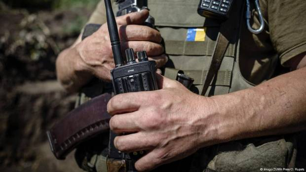 Ukrainian soldiers killed ahead of contentious votes in Donbass region