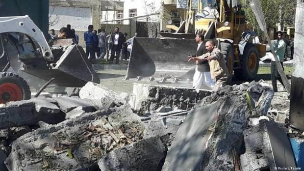 Deadly suicide bombing hits Irans Chabahar
