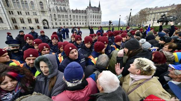 Hungarian workers protest slave law overtime rules