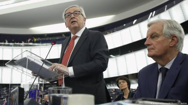 EUs Juncker warns of no-deal Brexit amid uncertainty