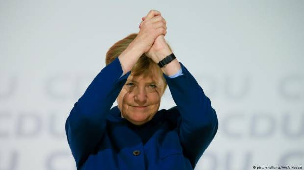 Opinion: Angela Merkel must leave on her own terms