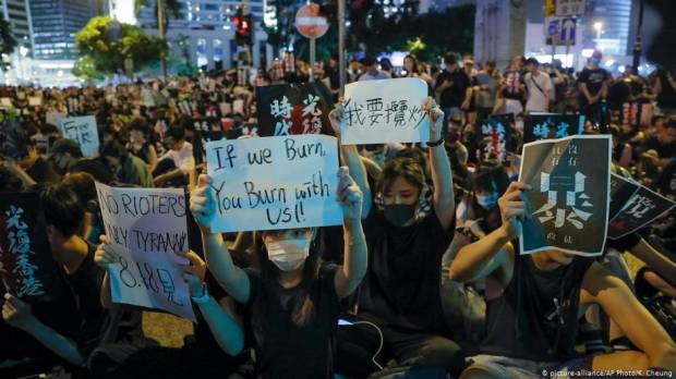 Opinion: Another Tiananmen Square in Hong Kong?
