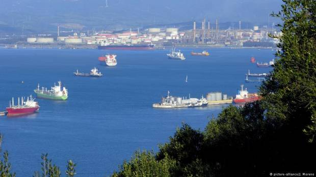 Strait of Gibraltar: Holiday resorts plagued by drug dealing, human traffickers