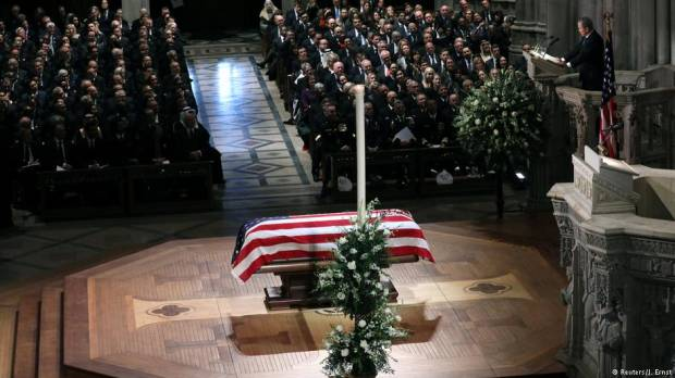 Opinion: Remembering George H.W. Bush subtly shows what was lost in Trump era