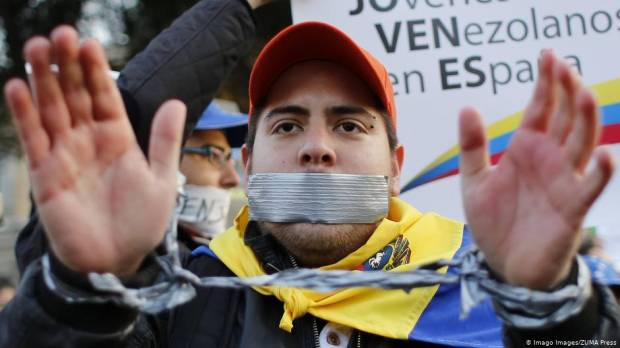 EU sees sharp rise in asylum applications from Venezuela
