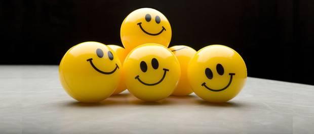 Mana yang Lebih Penting, Bikin Senang Diri Sendiri atau Bahagiakan Orang Lain?