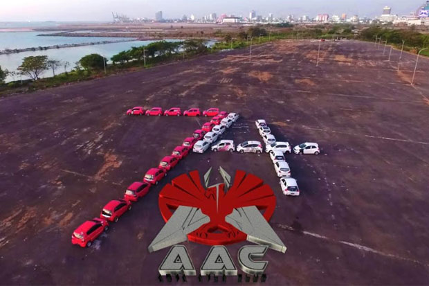 Car Meet Up dan Konvoi Merah Putih AAC Makassar Meriah