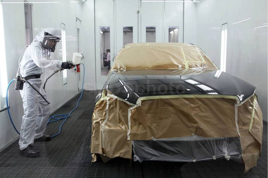 Mercedes Benz Resmikan Fasilitas Body dan Paint Centre-1