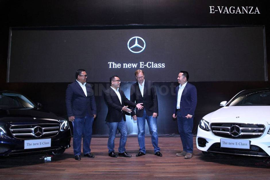 Mercedes Benz The New E-Class Sedan Eksekutif Tercerdas-1