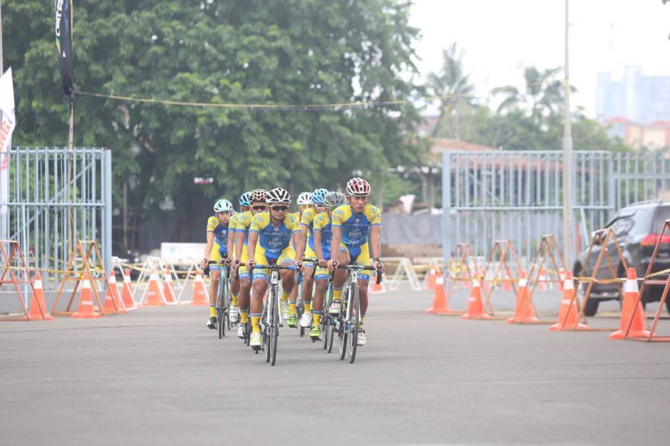 PGN Road Cycling Team Ikuti JIExpo Criterium 2017-2