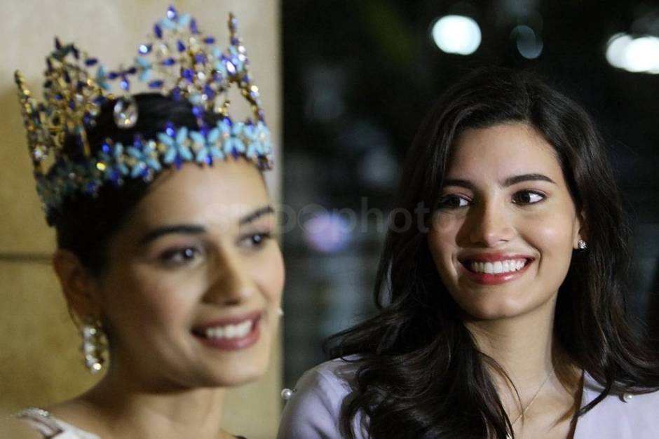 Miss World 2017 Manushi Chhillar Tiba di Indonesia-1