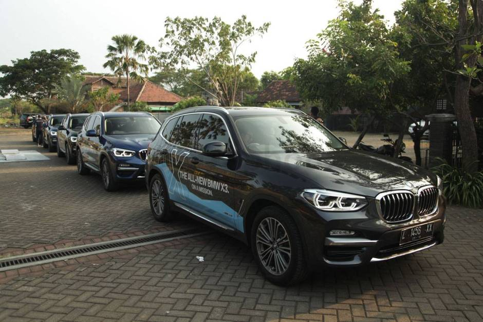 All New BMW X3 Menari di Lautan Pasir Bromo-1