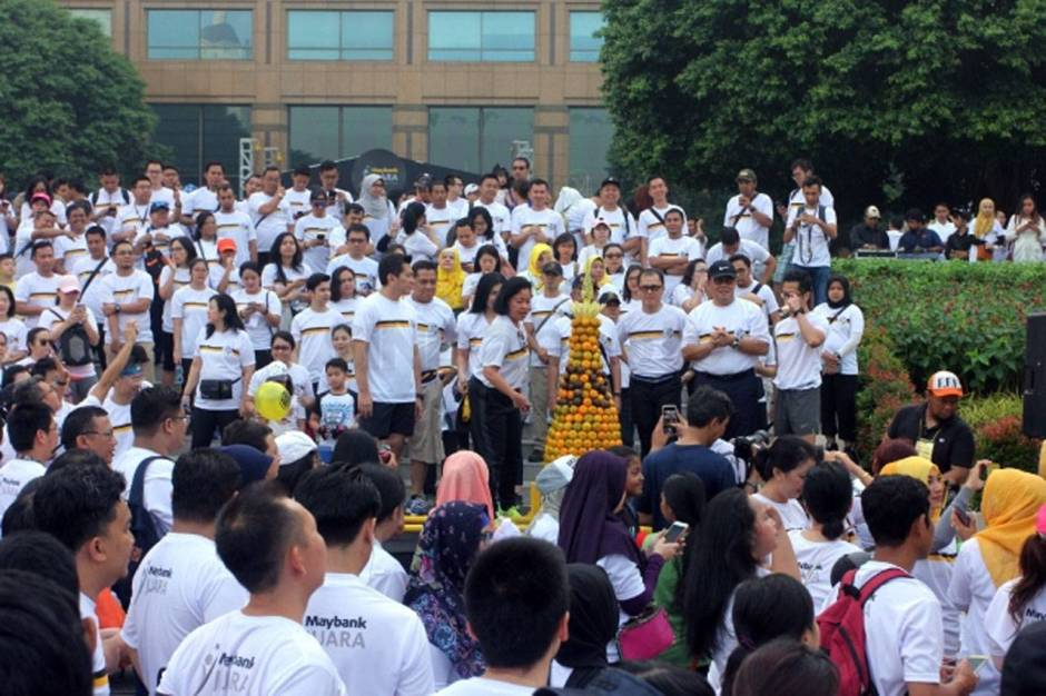 Rayakan HUT Ke 59 Maybank Indonesia Gelar Fun Walk-2