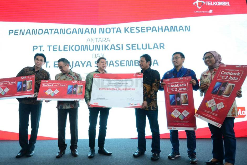 Telkomsel Gandeng Erajaya Hadirkan Program Halo Device Plan-0