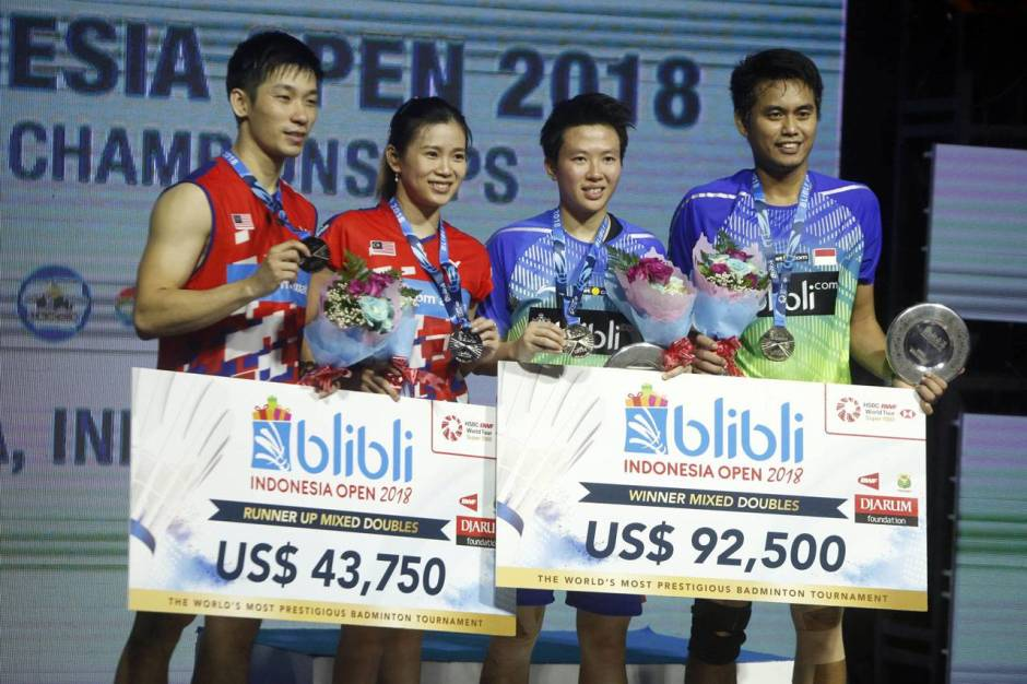 Owi Butet Juara Blibli Indonesia Open 2018-2