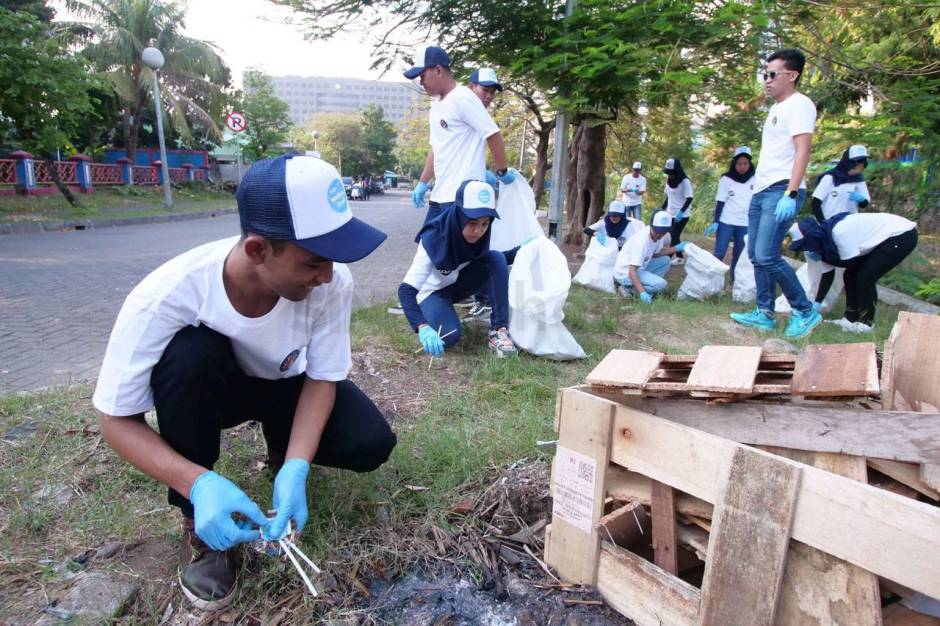 World Cleanup Day, Ratusan Peserta Gelar Aksi Pungut Sampah-2