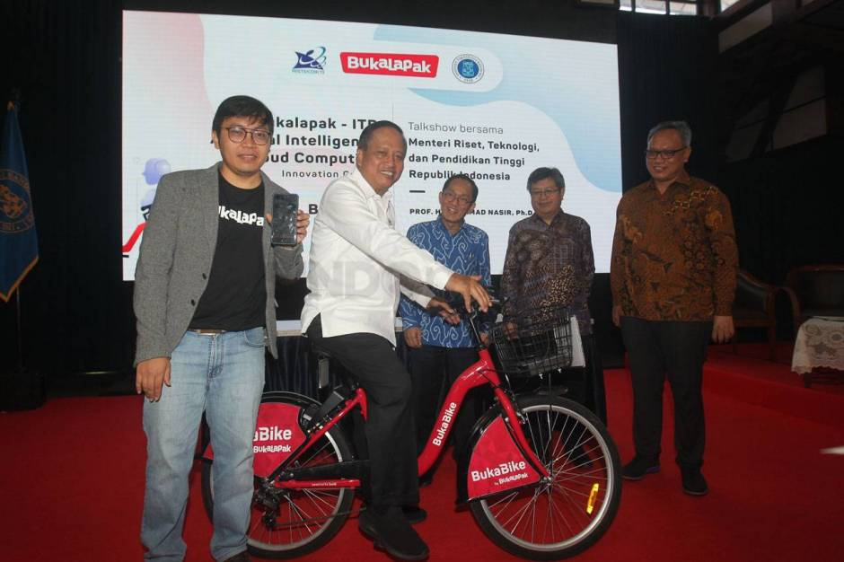 Bukalapak-ITB Luncurkan AI & Cloud Computing Innovation Center-6