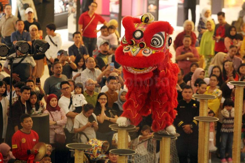 Aksi The King of Lion Dance in The World di Senayan City-1
