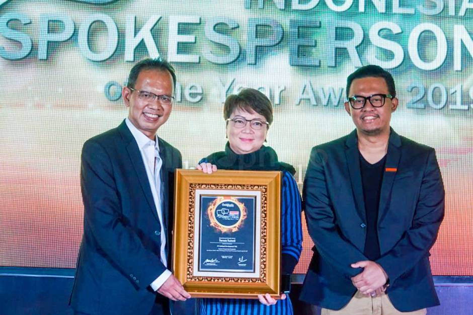 Intiland Raih Penghargaan Indonesia Spokeperson of The Year Award 2019-1