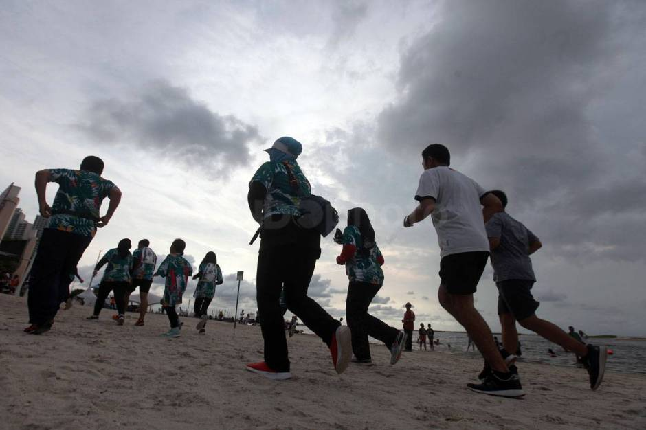 Serunya Beach Run Tropical Sunset di Pantai Lagoon Ancol-4