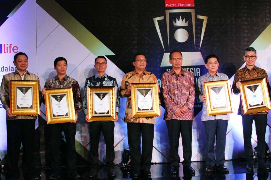WOM Finance Raih Penghargaan Indonesia Financial Top Leader 2019-1