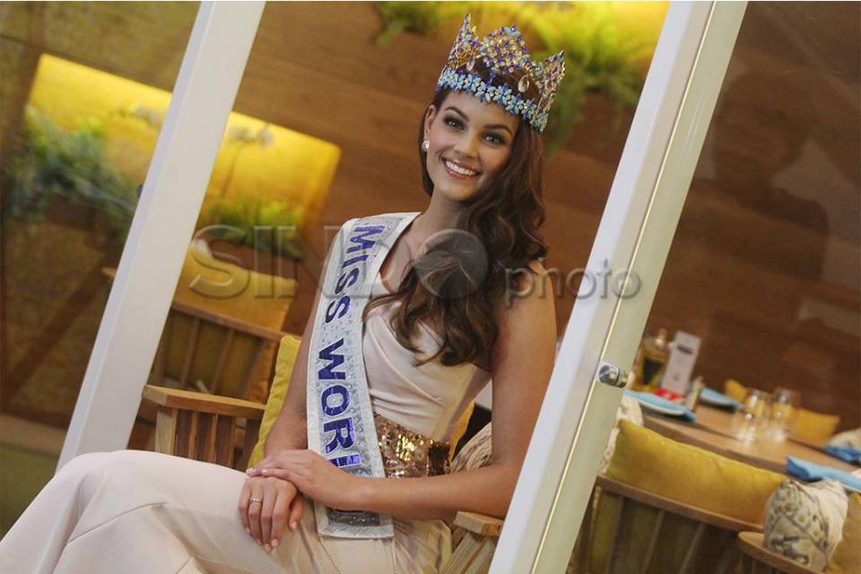 The Official Thread of Miss World 2014 ® Rolene Strauss- South Africa - Page 7 40363_highres