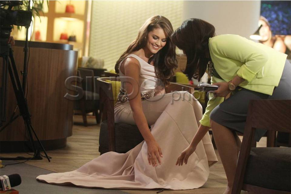 The Official Thread of Miss World 2014 ® Rolene Strauss- South Africa - Page 7 40372_highres