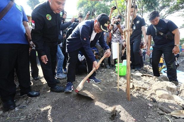 Peringati Hari Pohon Sedunia, Pemkot Gulirkan Program Bandung Menanam