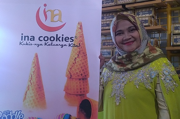 Ramadhan, Ina Cookies Produksi 3.000 Toples Kue Kering Perhari