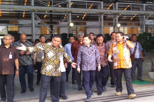 Setelah Prabowo, Menteri PPN Pun Tinjau Fasilitas Produksi Pindad