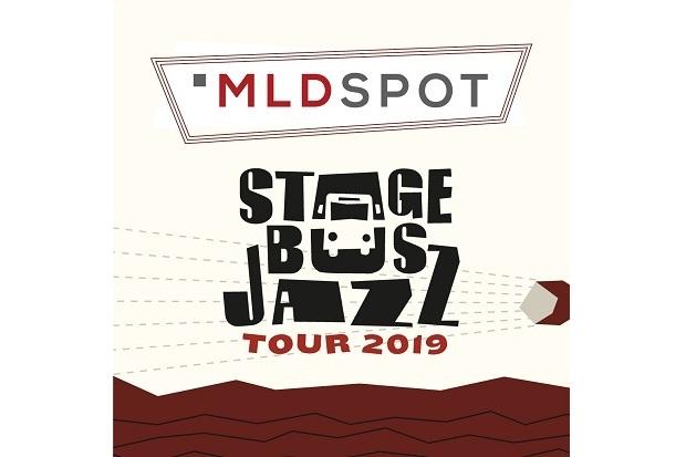 Stage Bus Jazz Tour 2019 di Bandung Meriah, Mocca Tampil Mengagumkan