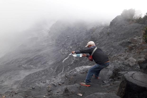 Ritual Siraman Air Zamzam Digelar di Kawah Ratu Tangkubanparahu
