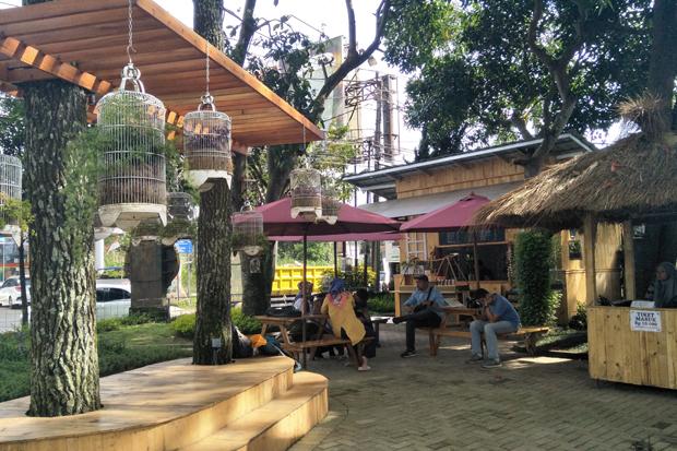 Mengajak keluarga untuk merasakan sensasi wisata yang berbeda di Lembang, Kabupaten Bandung Barat (KBB), Jawa Barat, bisa dengan menyambangi Tahu Susu Lembang di Jalan Raya Lembang