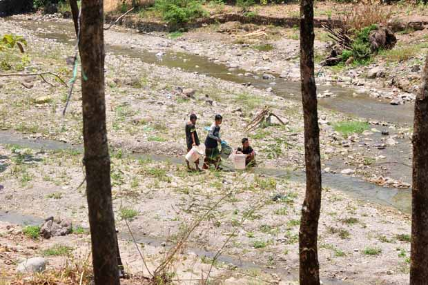 360 Desa di Jateng Kekeringan, BPBD Maksimalkan Suplai Air Waduk