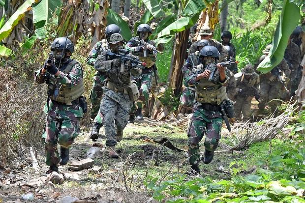Serbuan Mematikan Marinir TNI AL dan Marinir AS di Banyuwangi