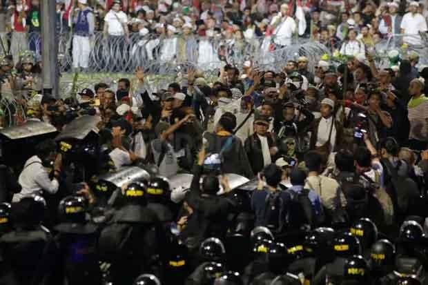 Demo 22 Mei, Farhan Tewas Saat Jaga Rumah Habib Rizieq