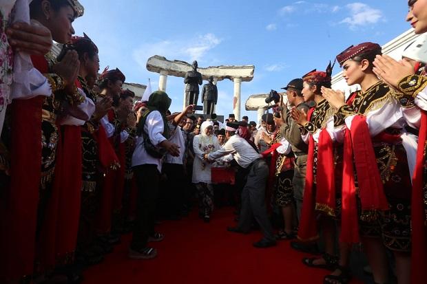 Haru Biru Menyambut Kedatangan Sang Pemimpin Rakyat Jatim