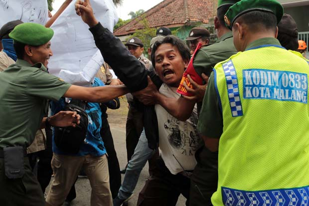 Gudang Logistik KPU Kota Malang, Dibakar Para Perusuh