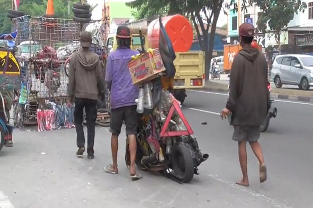 Dianggap Meresahkan, Komunitas Vesva Gembel di Medan Selayang Ditertibkan